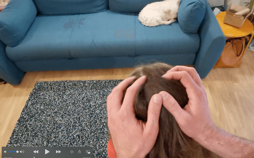 Kako izmasirati dijete koristeći indijsku masažu glave