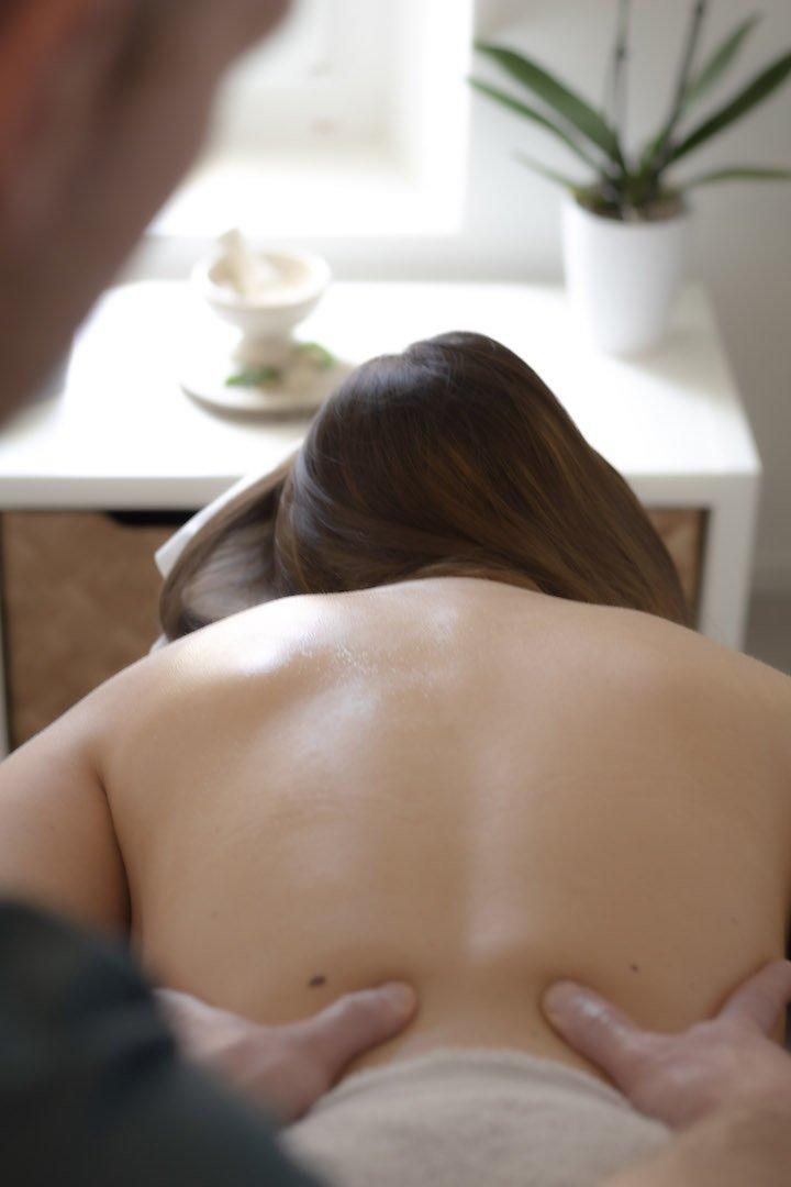 Motion massage studio Dubrovnik by Ivan Povrzenic